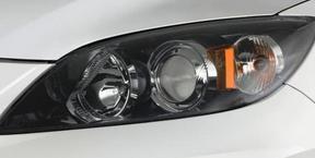 фото: лампа ближнего света Mazda 3
