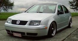 передняя решетка Volkswagen Jetta